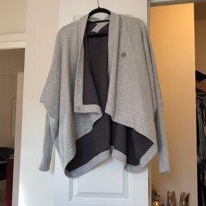 lululemon athletica Tops - Lululemon sweat shirt
